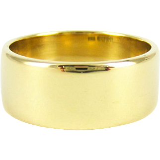 Vintage 18 Carat Gold Wedding Ring, Wide and Heavy 1960s Ladies or Mens Wedding Band. 7.5 mm wide, Size M.5 / 6.5.