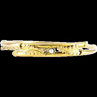 Antique 15 ct Gold Bangle Bracelet, Crossover Design Art Nouveau Bracelet with Engraved Fern Leaves & Split Pearl. Circa 1900s.