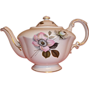 Vintage Paragon Tea Pot / Teapot - Pompadour Pattern