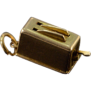 14K Vintage 3D Articulated Toaster Charm/Pendant Yellow Gold