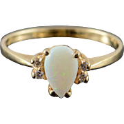 10K 0.56 CTW Pear Opal Diamond Ring Size 7.25 Yellow Gold