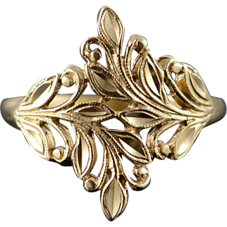 10K Filigree Leaf Bypass Ring Size 7 Yellow Gold