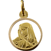 18K Circle Virgin Mary Cut Out Religious Christian Charm/Pendant Yellow Gold
