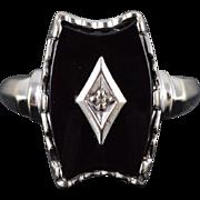 10K Art Deco Onyx Diamond Cabochon Ridged Bezel Ring Size 6 White Gold