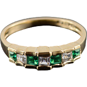 14K Emerald* Cubic Zirconia Princess Tiered Inset Ring Size 7 Yellow Gold
