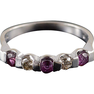 14K 0.69 Ctw Ruby Diamond Inset Pressure Band Ring Size 6 White Gold