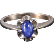10K Star Sapphire* Decorative Oval Cabochon Ring Size 5.25 White Gold