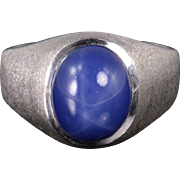 10K Star Sapphire* Oval Textured Men's Band Ring Size 8.75 White Gold