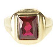 10K 3.00 Ct Ruby* Emerald Cut Bezel Set Graduated Ring Size 8 Yellow Gold
