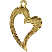 14K Curvy Heart Textured Cut Out Charm/Pendant Yellow Gold