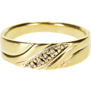 10K Diamond Inset Wavy Grooved Men's Wedding Band Ring Size 10 Yellow Gold