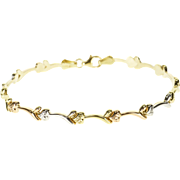 "10K Tri Tone Wavy Heart Bar Link Bracelet 7.25"" Yellow Gold"