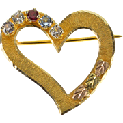 10K Textured Curvy Heart Spinel Heart Leaf Accent Pin/Brooch Yellow Gold