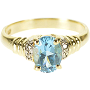 10K Oval Blue Topaz Diamond Accent Scalloped Band Ring Size 6.75 Yellow Gold