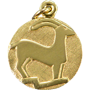8K Capricorn Goat Astrological Sign Small Circle Charm/Pendant Yellow Gold