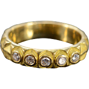 18K 0.30 Ctw Diamond Round Inset Triangle Wedding Band Ring Size 6.25 Yellow Gold