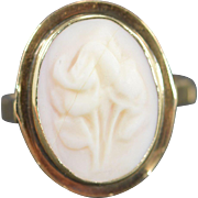 14K Carved Cameo Flower Bezel Ring Size 5.75 Yellow Gold