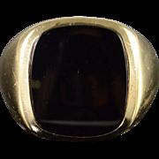 10K Black Onyx Inset Ring Size 9 Yellow Gold