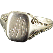 10K M W Monogram Letter Initial Cursive Vintage Baby Children's Ring Size 4 Yellow Gold