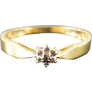 10K 0.05 CTW Diamond Cluster Ring Size 7 Yellow Gold