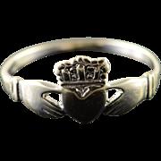 14K Irish Love Claddagh Hand Heart Wedding Band Ring Size 5.5 White Gold