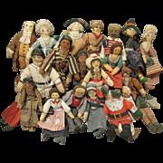 """Wonderful 20 Vintage Miniature Hallmark Cloth Dolls """"6 1/2"""""""