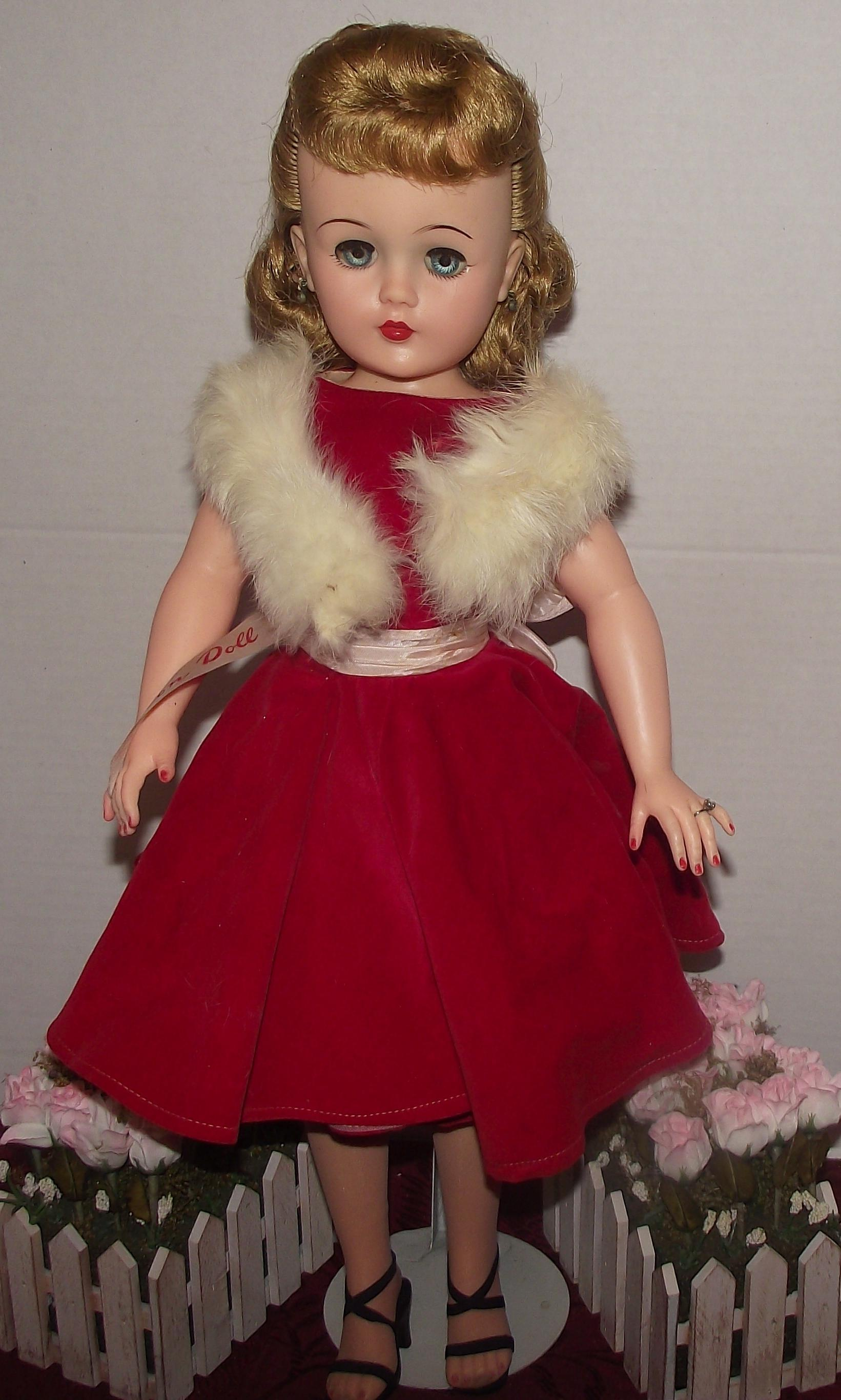 Mwob Vintage Quot Miss Revlon Doll Quot In Original Tag Outfit 22
