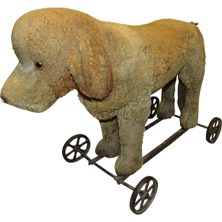 Wonderful Vintage Steiff Large Dog On Wheels
