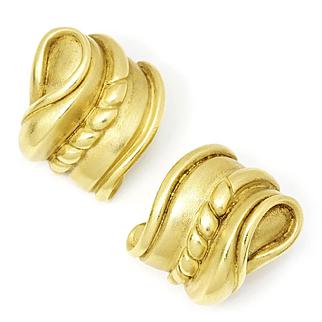 Vintage Kieselstein Cord Heavy 18kt Yellow Gold Carved Omega Earrings 1985