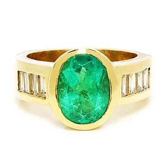 Vintage Oval Emerald Ring with Diamonds in 14kt Yellow Gold 3.44ctw Bezel Set