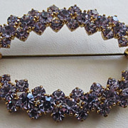 Faux Alexandrite (Colour Change) c. 1950's Dazzling Rhinestone Wreath Brooch