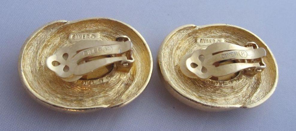 Bijoux American Vintage : Ciner glamorous large simulated aquamarine earrings