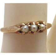 Delicate Edwardian 14K Gold & Pearls Ring, c. 1910