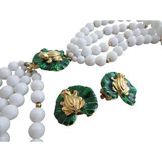 GAY BOYER Multi Strand White Beads with Cute Frog on Lily Pad Necklace and Earrings
