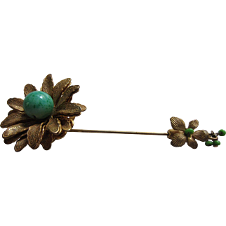 Classic MIRIAM HASKELL Peking Glass and Russian Gold Finish Flower Stickpin with Dangles