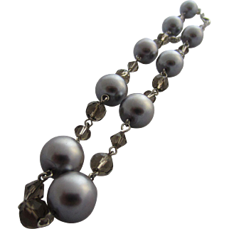 Lovely Simulated Grey Pearl and Smoky Quartz Crystal Beads Necklace