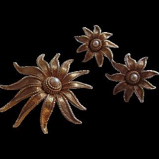 Elegant BOUCHER Golden Starburst Brooch and Matching Earrings, c. 1960