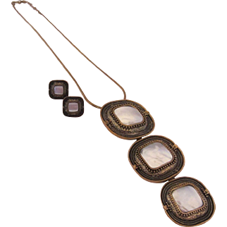 Mother of Pearl MOP Triple Pendant Necklace and Matching Pierced Earrings