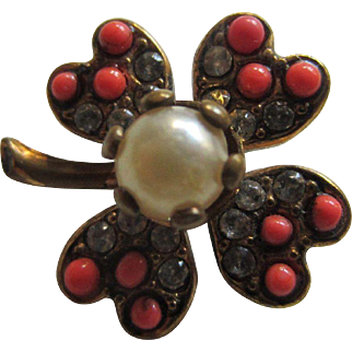 Pretty Four Leaf Clover Brooch with Simulated Coral, Diamonds and a Pearl - Dolls, Miniatures, Good Luck Symbol