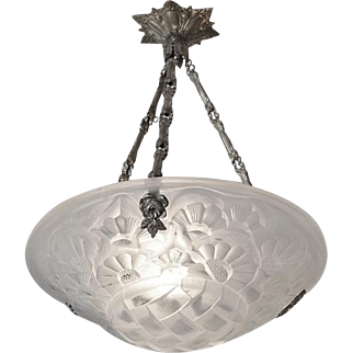 Degue French Art Deco Chandelier, Late 1920s