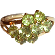LOVELY Estate / Vintage 14kt Yellow Gold & 8 Genuine Peridot Cluster RING - Sz 8.25