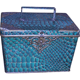 Huntley & Palmers Morocco Biscuit Tin 1898