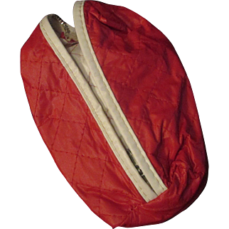 Vogue Jill Doll Quilted Red White Zipper Wardrobe Bag