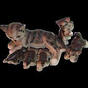 "Sweet Vintage Set 2.5"" Mama Cat and 5 Kittens China Glass Animal"