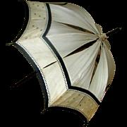 Antique 19th century parasol umrella beige and black silk