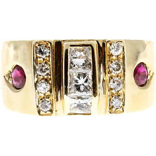 Round Ruby Diamond 14 Karat Yellow Gold Modern Cocktail Ring