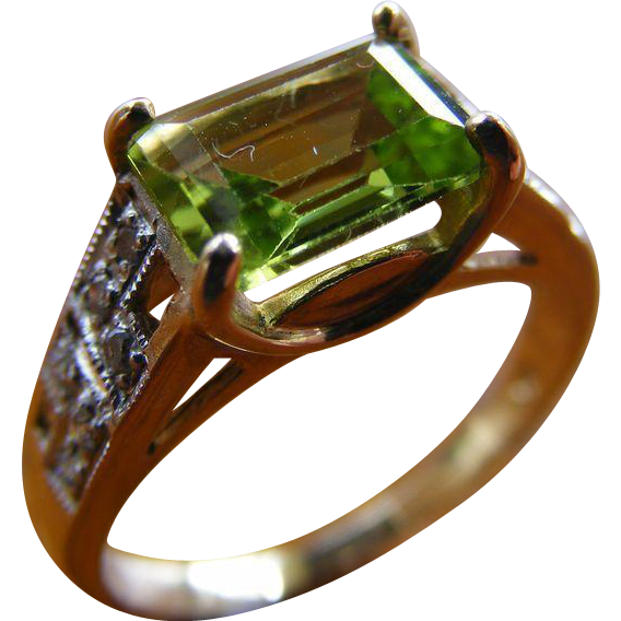 Mid Century Vintage Peridot and Diamond Ring