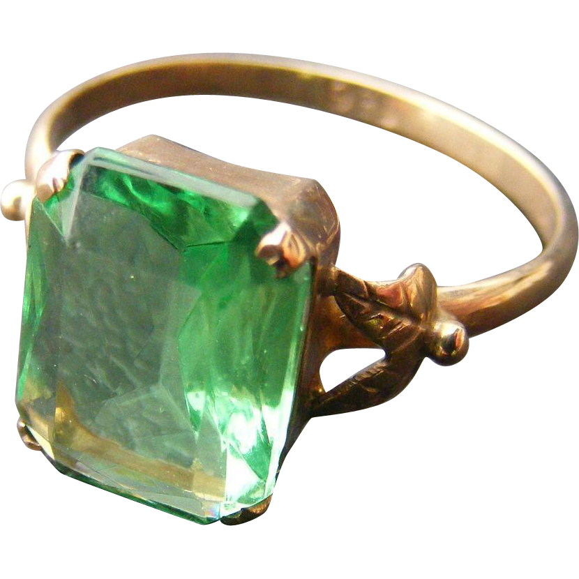 Vintage Early Created Emerald 9k Light Rose Gold Ring