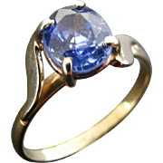 Vintage Ladies Natural 1.3 cts Ceylon Blue Sapphire, 18 k Yellow Gold