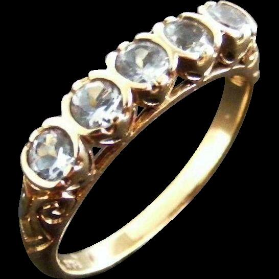 Vintage Mid Century Aquamarine Anniversary Ring